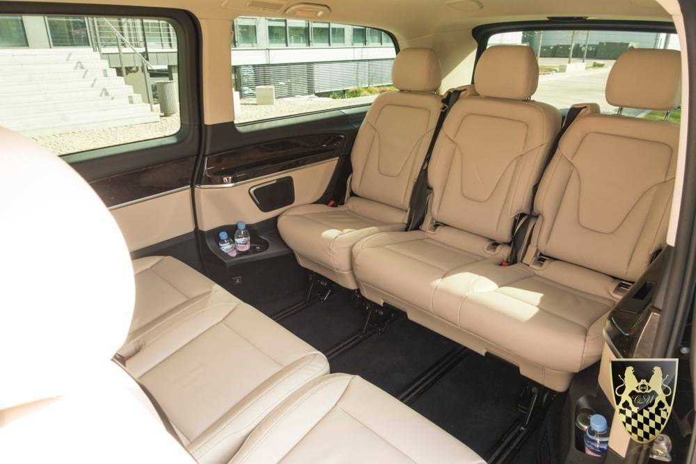 business van vom limousinenservice m nchen mit fahrer. Black Bedroom Furniture Sets. Home Design Ideas
