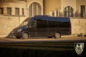 kleinbus m nchen chauffeur und limousinenservice. Black Bedroom Furniture Sets. Home Design Ideas