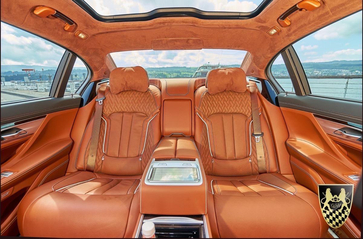 limousine mieten chauffeurservice munich. Black Bedroom Furniture Sets. Home Design Ideas