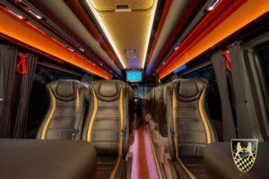 Bus für 18 Personen mieten
